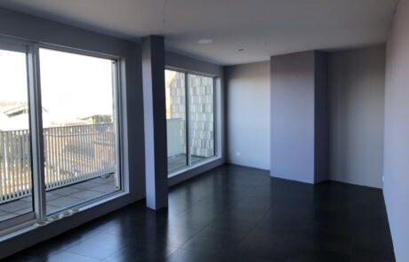 appartement Delft sauzen, spuiten, stucwerk