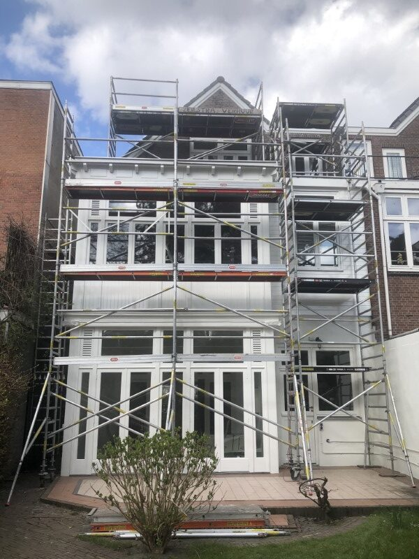 Schilderen, sauzen, spuiten woning in Rijswijk
